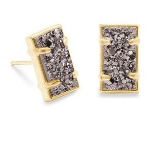 NWT Kendra Scott Paola gold stud earrings